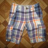 Модные шорты Next мальчику на 2,5-4 года как новые