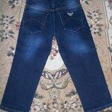 продам утепленные джинсы Armani Армани по бирке 2 года 92-98