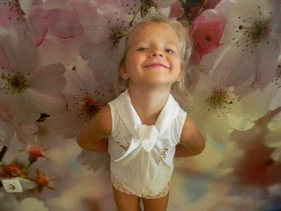 рубашка летняя для девочки 4-6 лет сост. новой