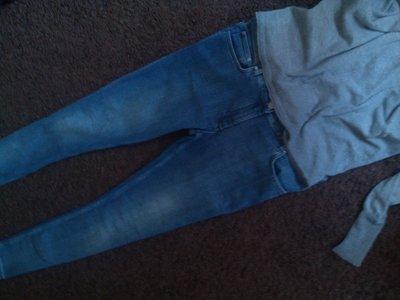 Стильные узкие джинсы Италия М