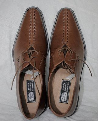 Модельные мужские туфли раз 43