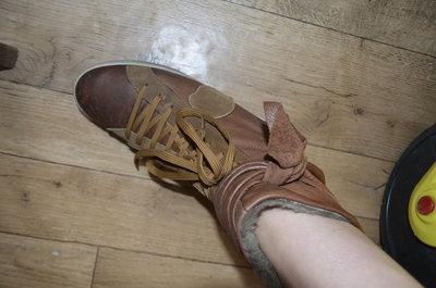 Кожаные кеды-ботинки на меху